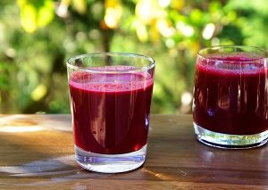 Beetroot,pears and carrots juice